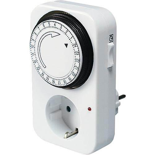 Elektromechanische Zeitschaltuhr