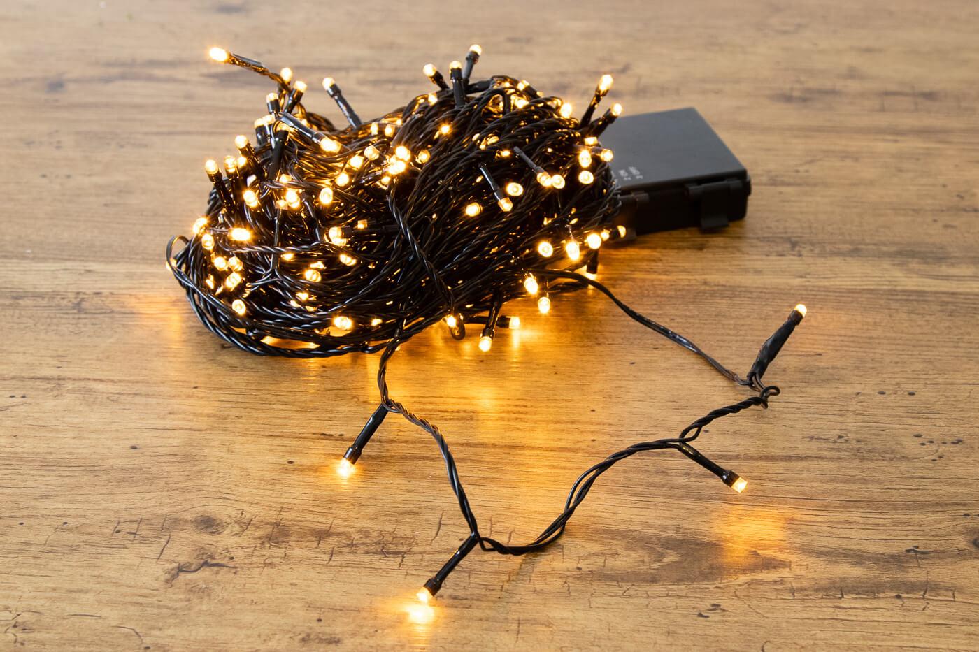 LED-Microlichterkette 240 LEDs bernstein für innen und außen mit Timer-Funktion